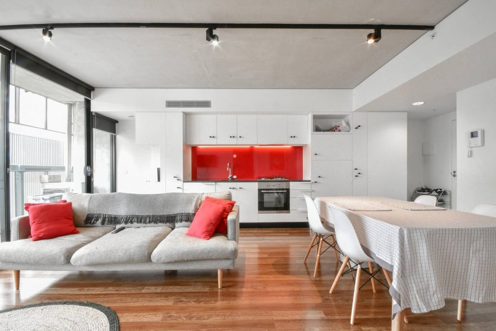 Stylish Apartment in the Arts Precinct Source: https://www.airbnb.com.au/rooms/26628004?s=51