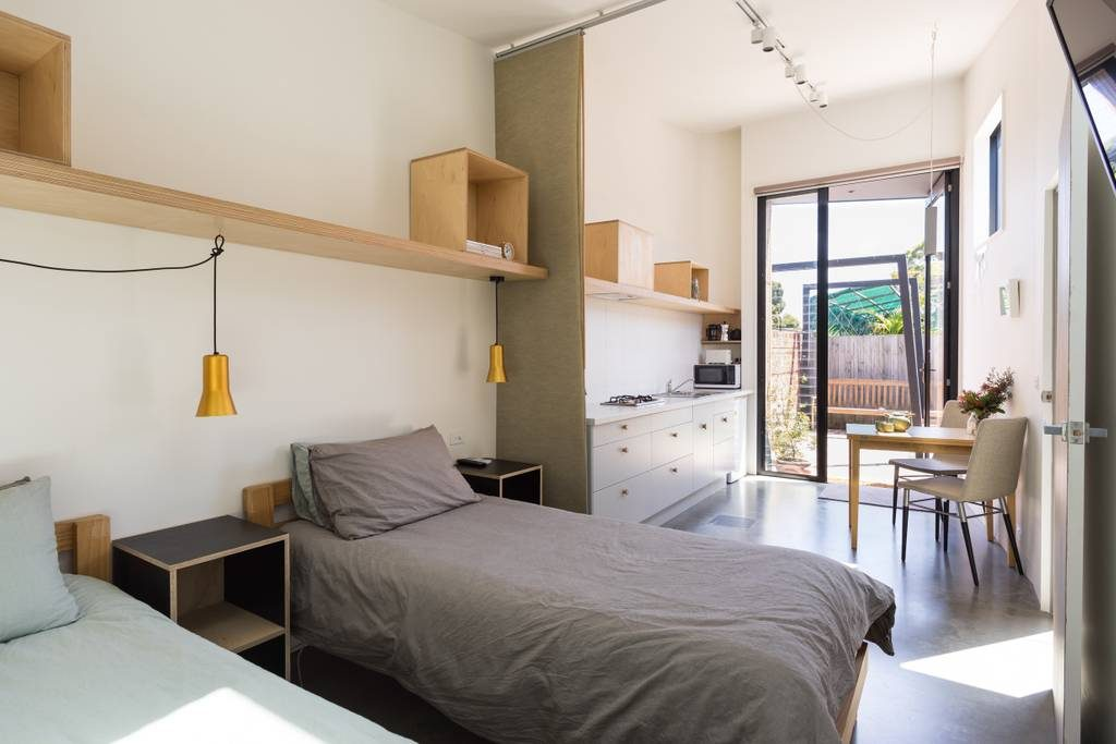 Budget-Friendly In Boho Brunswick Source: https://www.airbnb.com.au/rooms/3303708?