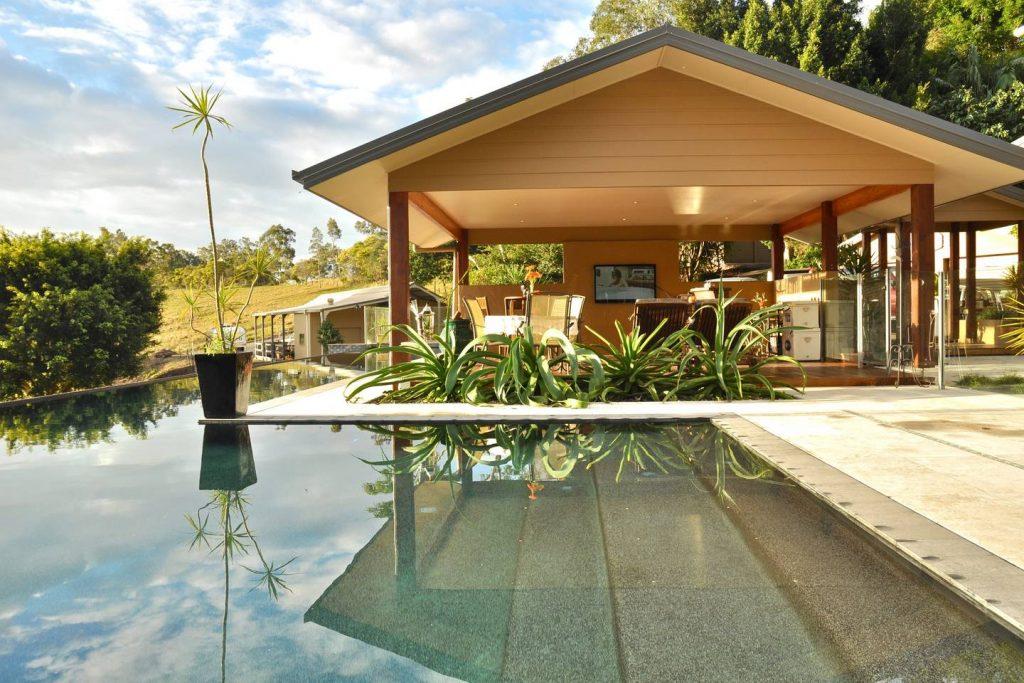 Airbnb Hinterland Villa